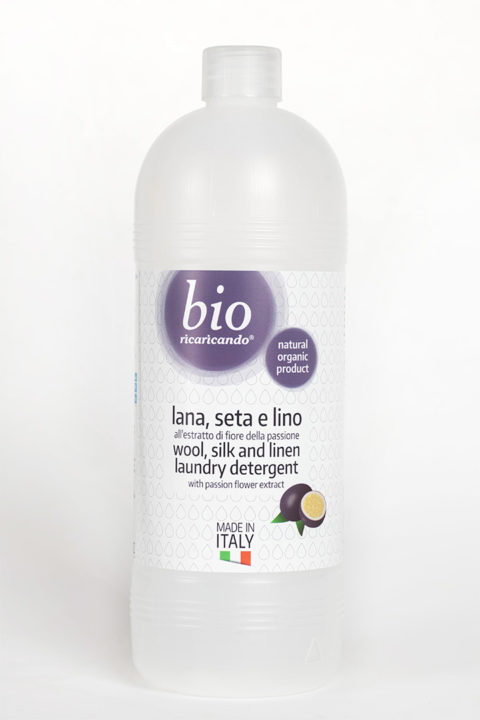 ricaricando - wool, silk and linen laundry detergent with passion fruit extract